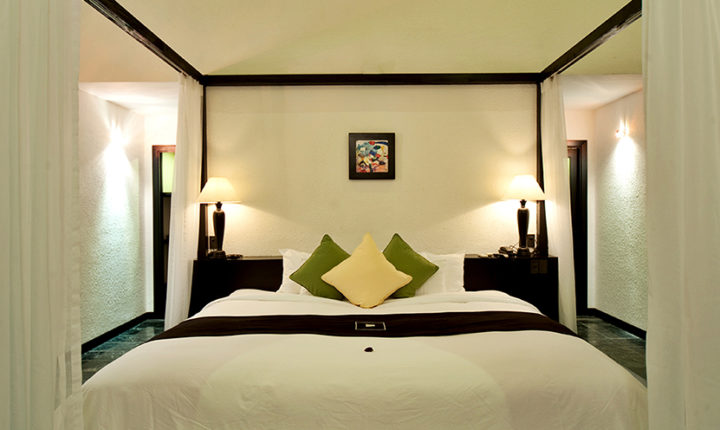 Aqua Bungalow king size bed Vedana Lagoon resort & spa