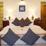 Family water front king size bed Vedana Lagoon
